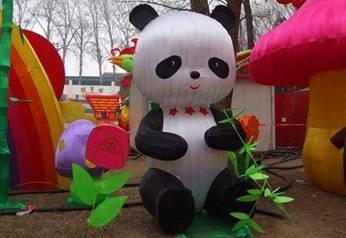 彩灯制作-国宝熊猫